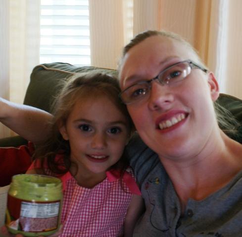 Vivian and Andrea eating guacamole