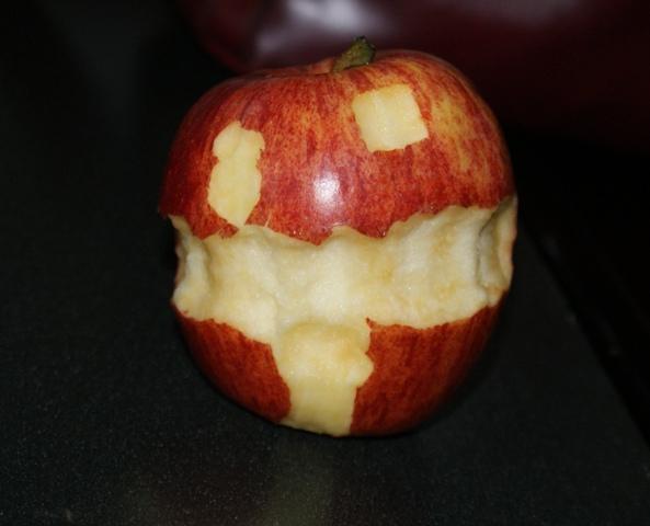 Jack-o-lantern apple