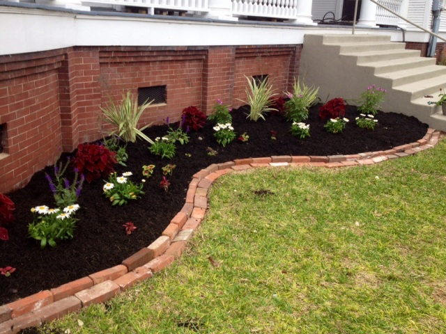 Mailbox Garden Ideas Red Mulch Photograph Landscaping Idea
